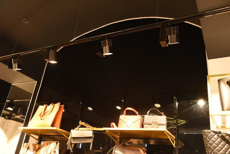 Elastični plafoni - Butik Mona, Loznica